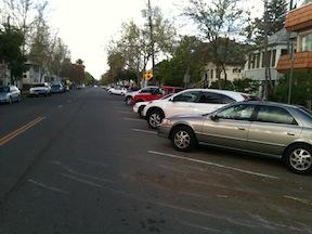 29th St reverse diagonal parking
