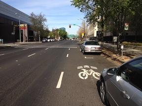 I Street floating bike lane, parking permitted (Elle Bustamante)