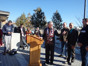 Steve Cohn, Christopher Cabaldon, Steve Hansen, and other streetcar supporters