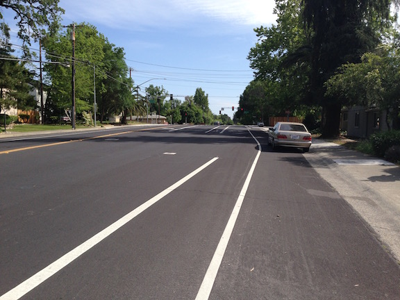 Garfield-sb-Marconi_bike-lane-shift